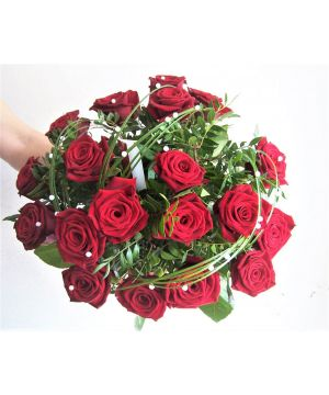 Růže s korálky